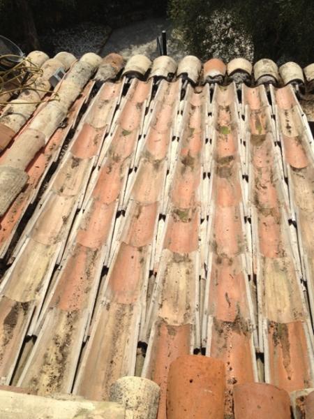 Remplacement des bois de charpente bastaings chevrons for Poser des tuiles canal